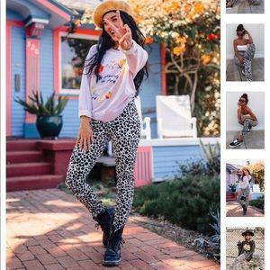 Pants - Leopard print pant